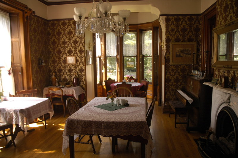 Tour of america limestone mansion - Victorian style house interior ...