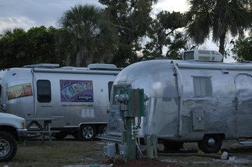 Chokoloskee trailers.jpg