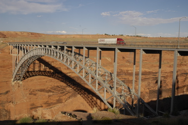 Glen Canyon bridge.jpg