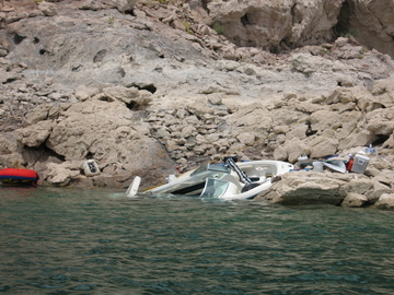 Lake Mead boat crash.jpg