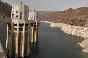 Lake Mead low water.jpg