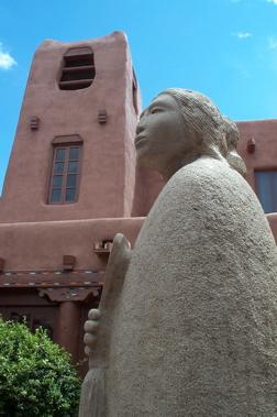 Santa Fe statue.jpg