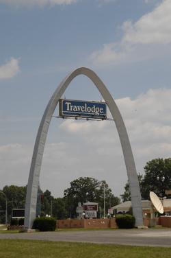 St Louis arch.jpg
