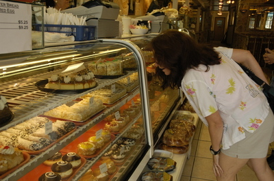 Tarpon Springs bakery.jpg