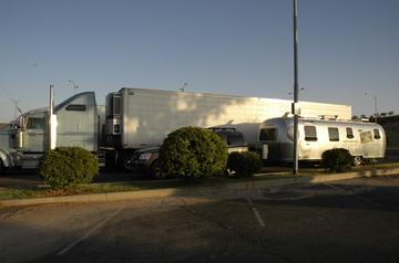 Truck parking.jpg