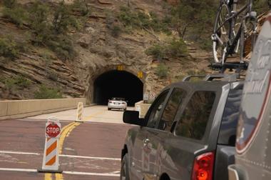 Zion tunnel.jpg
