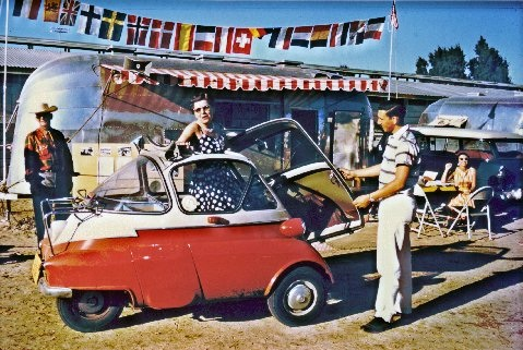 peewee-and-isetta.jpg
