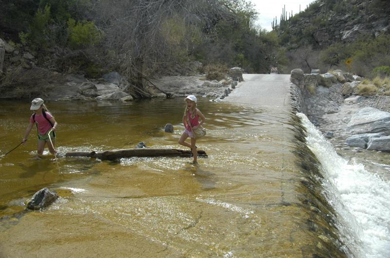 tucson-sabino-canyon-wet-bridge.jpg