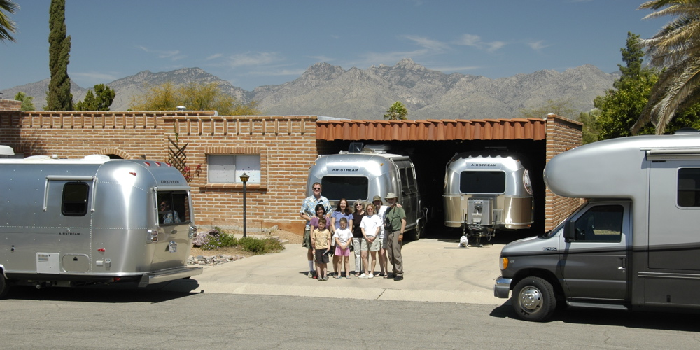 tucson-caravan-group.jpg