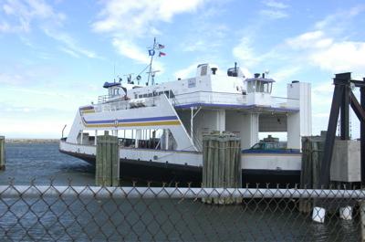 cedar-isl-nc-ferry.jpg