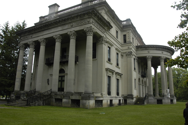 hyde-park-vanderbilt-mansion.jpg