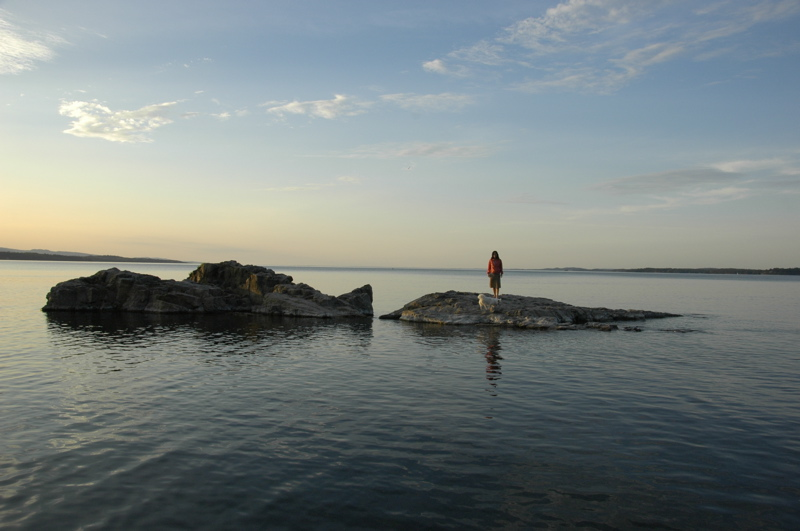 lake-champlain-girl-on-island.jpg