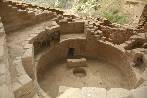 Tour of america places to go for Kiva house
